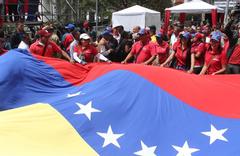 Venezuela'da taraflar yeniden sokağa iniyor