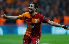 Sinan Gümüş, Galatasaraylı taraftarlardan bir kez daha özür diledi
