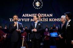 Ahmet Özhan Ankara'nın kalbinde kalplere dokundu!