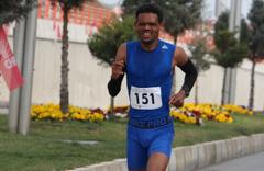 Batman'da düzenlenen Halk Koşusu'nun kazananı Afrikalı Gelaw oldu