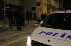 Adana'da afiş asma kavgasında 5 kişi yaralandı