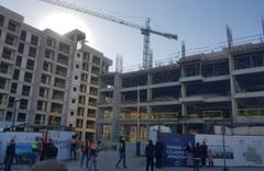 İzmir'de vinçten düşen işçi hayatını kaybetti