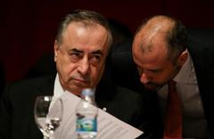 Mustafa Cengiz'den Fenerbahçe'ye 'sokak kabadayısı' cevabı
