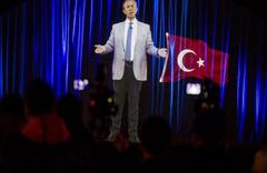 Mansur Yavaş hologram ile Ankaralılara seslendi