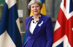 İngiltere'de istifa sesleri yükseldi Başbakan Theresa May 'hazırım' dedi