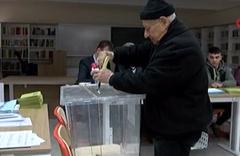 Türkiye sandık başında oy verme görüntüleri