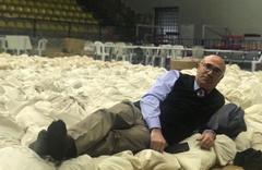 CHP'li Mahmut Tanal'dan seçim pozu 'Nöbetteyim'