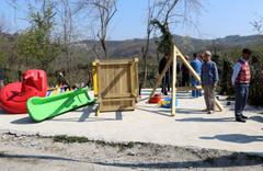 Zonguldak Alaplı'da seçimi kaybeden muhtar yaptırdığı parkı yıktı