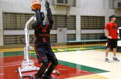 Toyota basketbolcu robot üretti: Muhteşem bir 3'lük makinesi