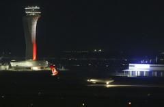 """Atatürk Havalimanı'ndan İstanbul Havalimanı'na """"Büyük Göç"""" başladı"""