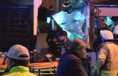 İstanbul'da halk otobüsü kaza yaptı: Yaralılar var