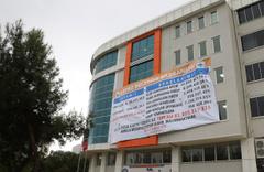 Dev afiş CHP'li başkanlar arasında kriz çıkardı