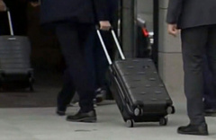 AK Parti Heyeti, İstanbul seçimi itirazı için 3 bavullarla YSK'ya gitti!