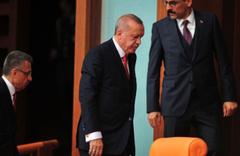 HDP'li Pervin Buldan konuşurken Erdoğan Meclis'i terk etti