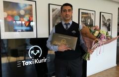 İsveç'te kahraman ilan edilen Türk taksici ödüllendirildi