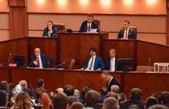İBB Meclisi, Ekrem İmamoğlu'nun borçlanma yetkisini kesintiye uğrattı