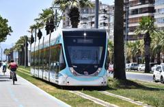 İzmir'de toplu taşımaya yüzde 50 indirim geldi darısı İstanbul'a