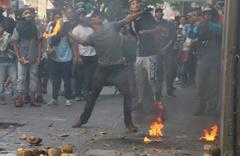 Venezuela'daki darbe girişiminden kan donduran fotoğraflar