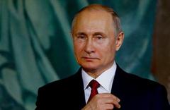 Vladimir Putin internet güvenliği yasasını onayladı
