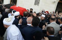 Bilal Erdoğan, Mısıroğlu'nun cenazesinde Felak ve Nas surelerini okudu
