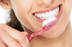 Diş fırçalamak orucu bozar mı Diyanet kesin cevabı verdi