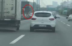 Ümraniye TEM'de sürücü tartıştığı sürücüye balta salladı