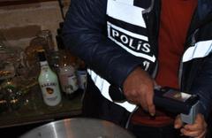 İstanbul polisinden sahte içki imalathanesine operasyon