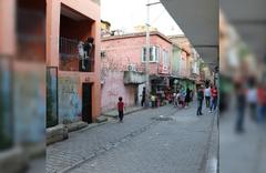 Diyarbakır'da kadınların yardım kolisi kavgası