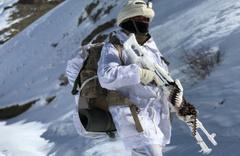 Bingöl'de sıcak çatışma! 2 asker yaralandı