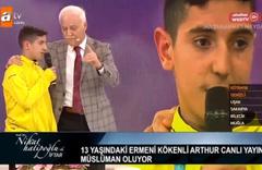 Nihat Hatipoğlu'nun canlı yayında Ermeni çocuk müslüman oldu