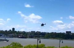 Helikopter nehre düştü! O anlar kamerada