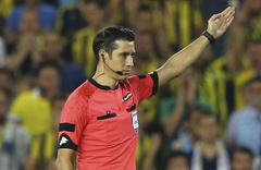 Galatasaray-Başakşehir maçının VAR hakemi netleşti!