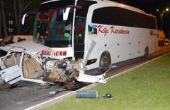 Kırşehir'de feci kaza: Otomobil parçalandı