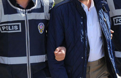 İzmir'de FETÖ'ye şok eden baskınlar: Çok sayıda gözaltı var