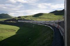 Doğu Ekspresi treni kış ayları başka yazın başka görsel şölen sunuyor