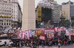 Arjantin'de genel grev hayatı durdurdu