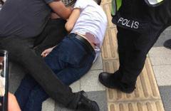 Bartın'da eşine laf attığını iddia ettiği kişiyi sokak ortasında öldürdü