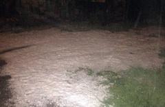 Kastamonu'ya 12 saattir dolu yağıyor