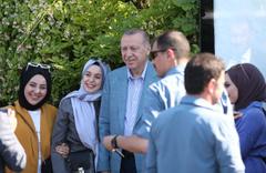 Cumhurbaşkanı Erdoğan'a İstanbul'da yoğun ilgi