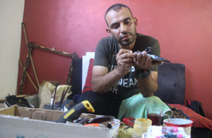 Filistinli sanatçıdan İsrail mermileriyle sanat