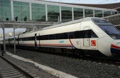 TCDD duyurdu Bazı demiryolu hatları trafiğe kapatıldı