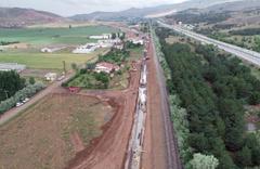Sivas-Ankara Yüksek Hızlı Tren projesi için gece gündüz çalışıyorlar