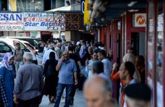 Otogarda seçim dönüşü yoğunluğu devam ediyor