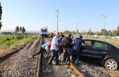 Sivas'ta tren raylarında büyük panik