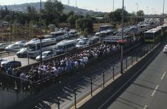 FSM köprüsündeki çalışma İstanbulluları çileden çıkardı! Metrobüsler dolup taştı