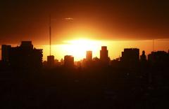 Güneş tutulması için binlerce turist akın etti! Tutulma Arjantin ve Şili'den böyle izlendi