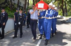 Tekirdağ'da kalp krizi geçiren astsubay son yolculuğa uğurlandı