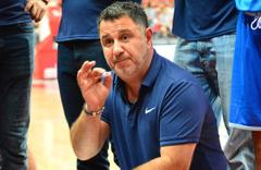 Romanya Basketbol Milli Takımı'nın başına tecrübeli isim Ayhan Avcı geçti