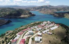 Sivas'taki bu köy tatil köylerini andırıyor