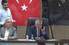 Karalar AK Parti Grup Başkanvekili'ne böyle sordu: Niye ters ters bakıyon, hayrola?
